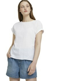 blouse with back detail