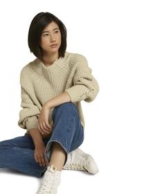 pullover turtleneck rip