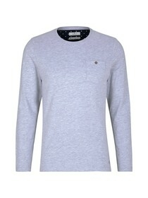 longsleeve with smart details