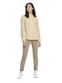 blouse feminine